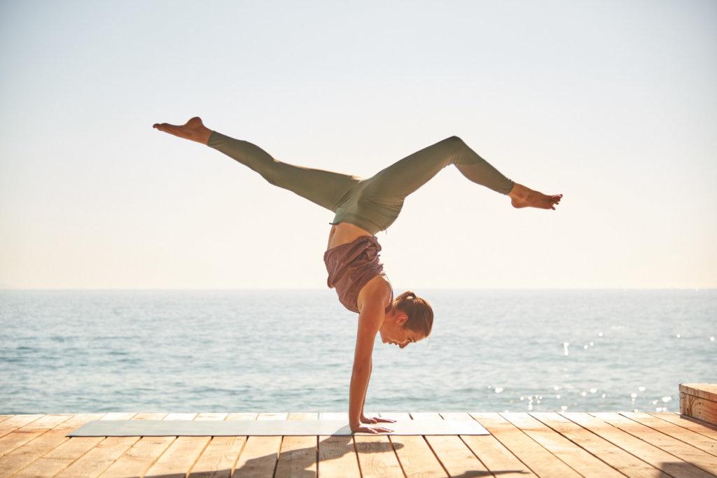 Những lợi ích của tập yoga với sức khỏe của phái đẹp