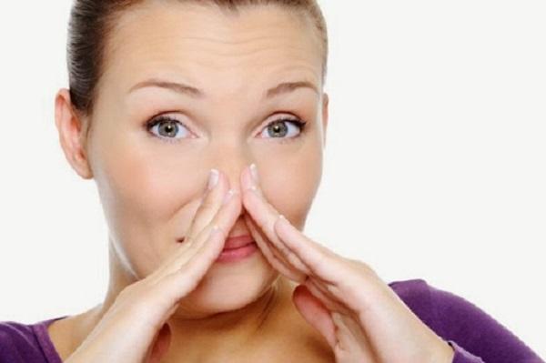 Ngứa mũi là điềm báo gì?