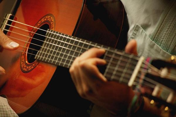 Kiến thức nhạc lý Guitar mà bạn không thể bỏ qua