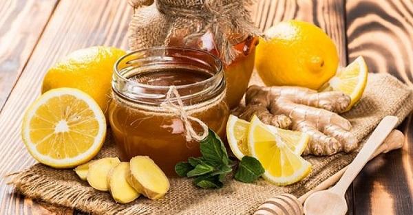 làm đẹp da bằng cách uống nghệ và mật ong