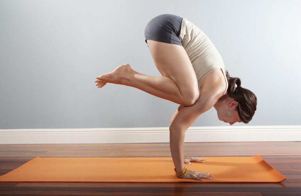 Tập luyện Yoga tư thế Con Quạ