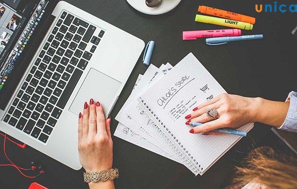 tạo một blog riêng sẽ giúp thương hiệu cá nhân và thương hiệu doanh nghiệp