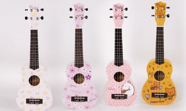 Ukulele hay còn gọi là Uke là loại đàn thuộc họ guitar thường có 4 giây