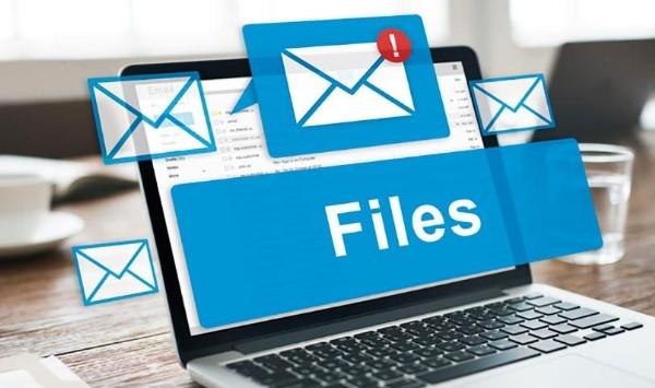 Bạn nên gửi những file có định dạng chung dễ mở cho tất cả máy tính